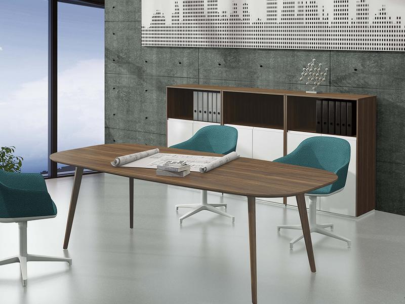 布拉诺会议桌