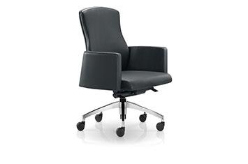 大班椅-牛皮班椅-老板椅安装-办公旋转牛皮椅