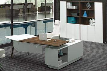布拉诺板式办公桌