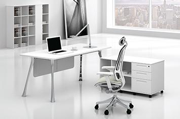 圣尼科办公桌